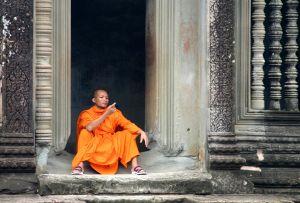 Monk-in-Ankor-Wat---June-20.jpg