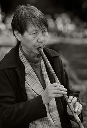 Fluteplayer_May.08.jpg