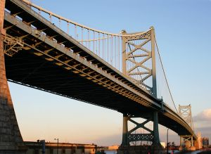Ben-Franklin-Bridge-Philade.jpg
