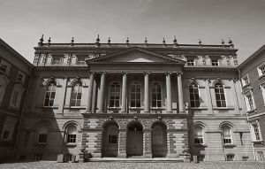 Osgoode_Hall_Apr.08.jpg