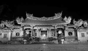 Taipei_TempleBW_Jul.11.jpg