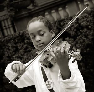 Violin_Player_Chicago_Jul.09.jpg