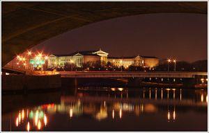 Museum-Through-the-Bridge--.jpg